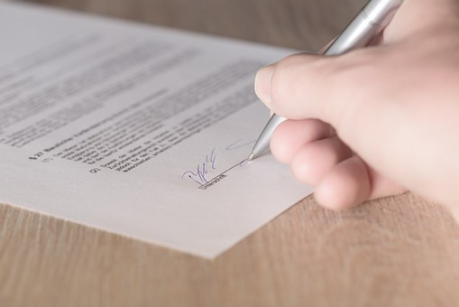 Temporary Orders for Money: How They Are Used in Divorce