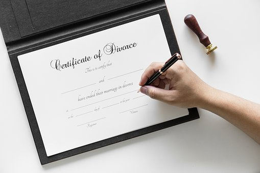 Filing for Divorce: Am I divorced or married this tax year?